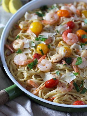 Creamy White Wine Shrimp Scampi