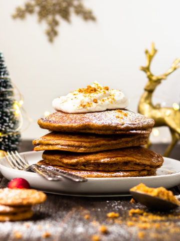 gingerbread pancakes with eggnog whipped creawm