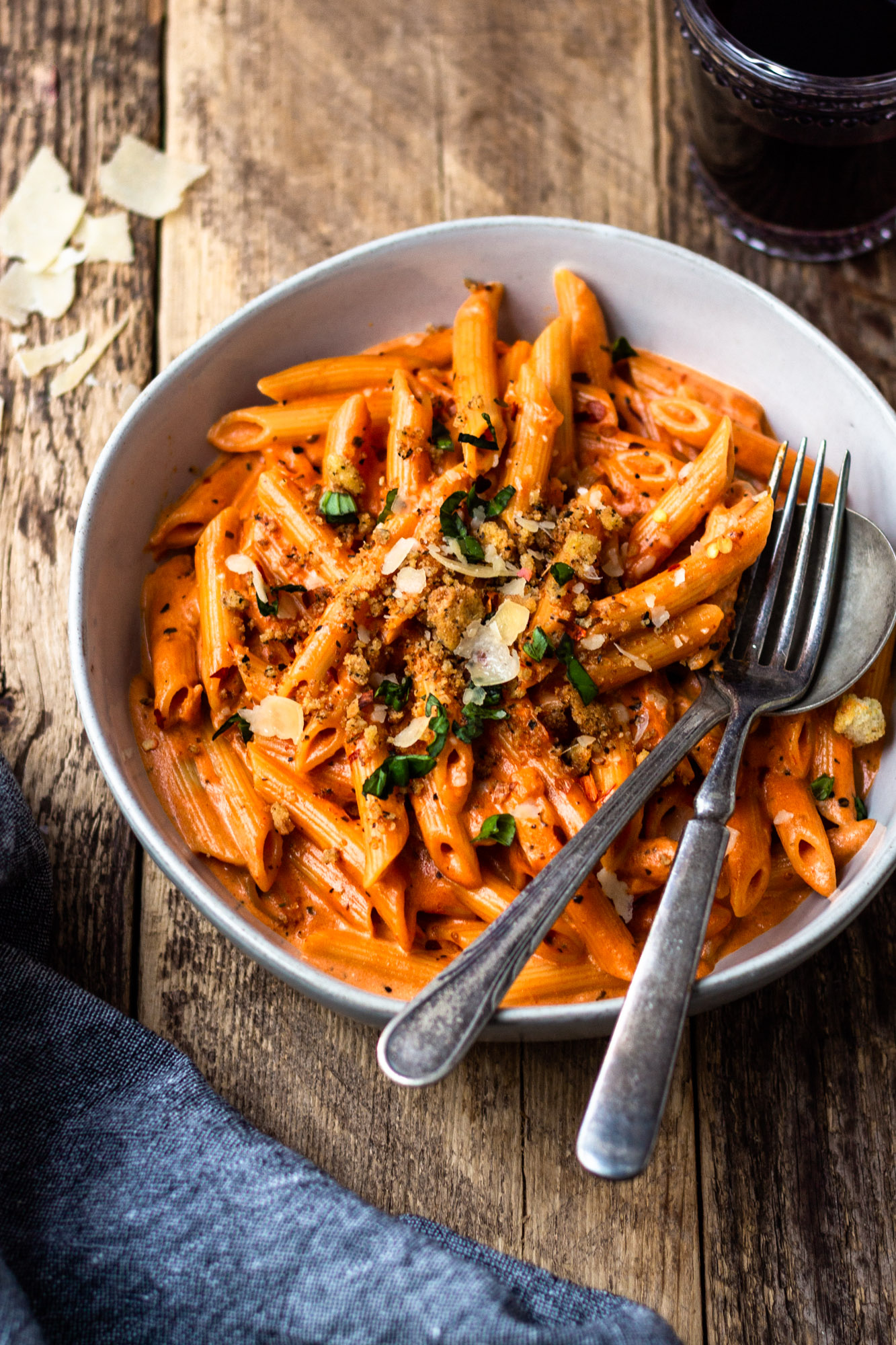 penne all vodka with parmesan herb breadcrumbs