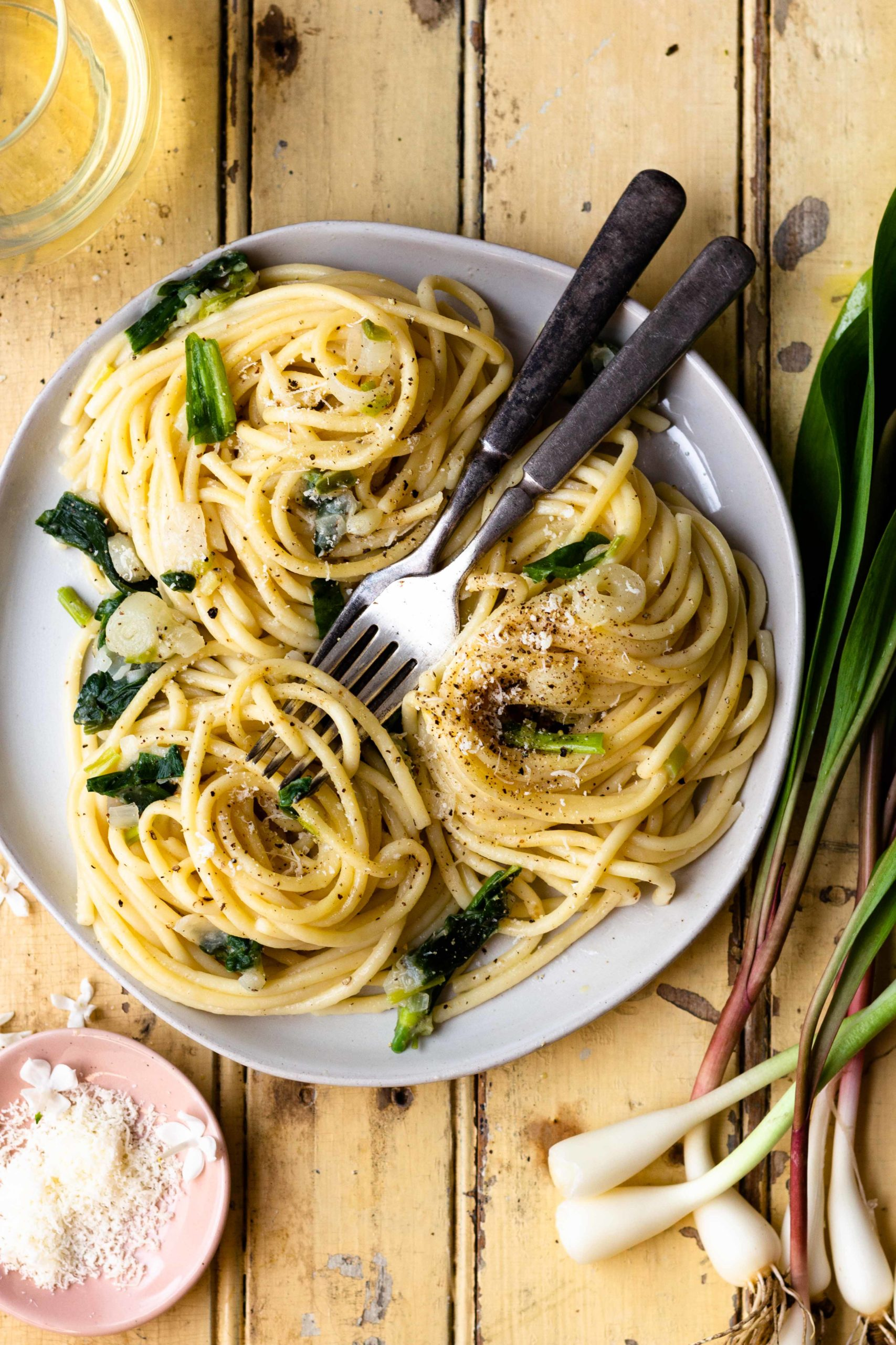 Ramp pasta that's light, flavorful and perfect for Spring. This simple pasta is made with lots of butter, freshly grated parmesan cheese and fresh wild onions for incredible flavor. Simple Buttery Parmesan Ramp Pasta comes together in just 25 minutes and would be great as a main dish or side dish.