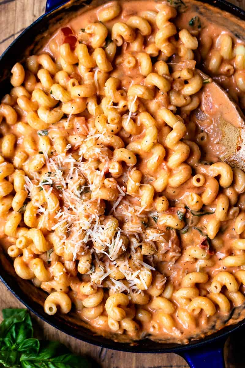 cooked pasta mixed with sauce